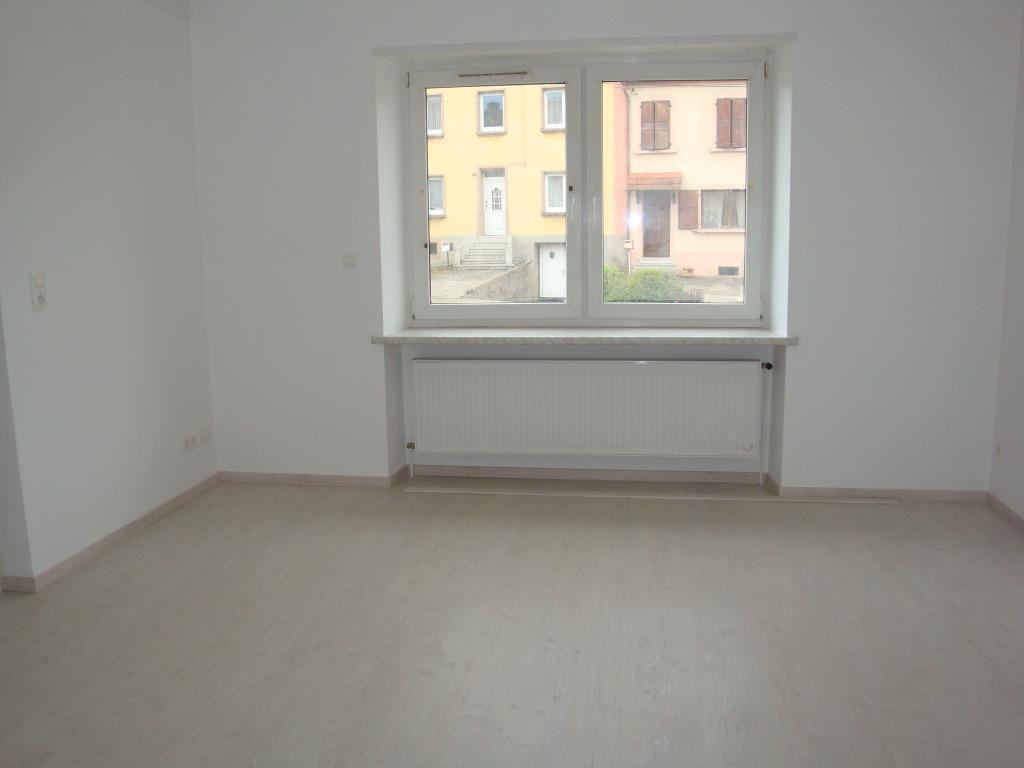 Location louer maison de 4 pi ces hundling 57990 for Maison a louer par agence immobiliere