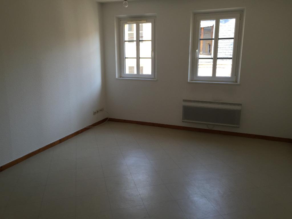 Location louer appartement de 3 pi ces metz 57000 for Location garage moselle